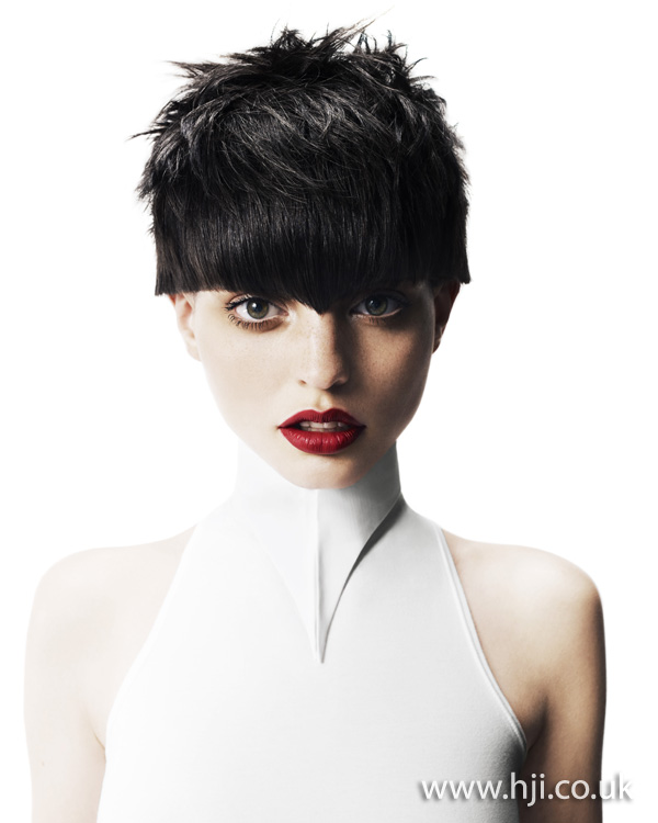 2012 textured short womens hairstyle1