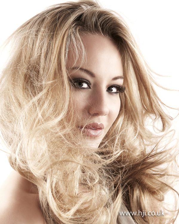 2012 tousled blonde wavy womens hairstyle
