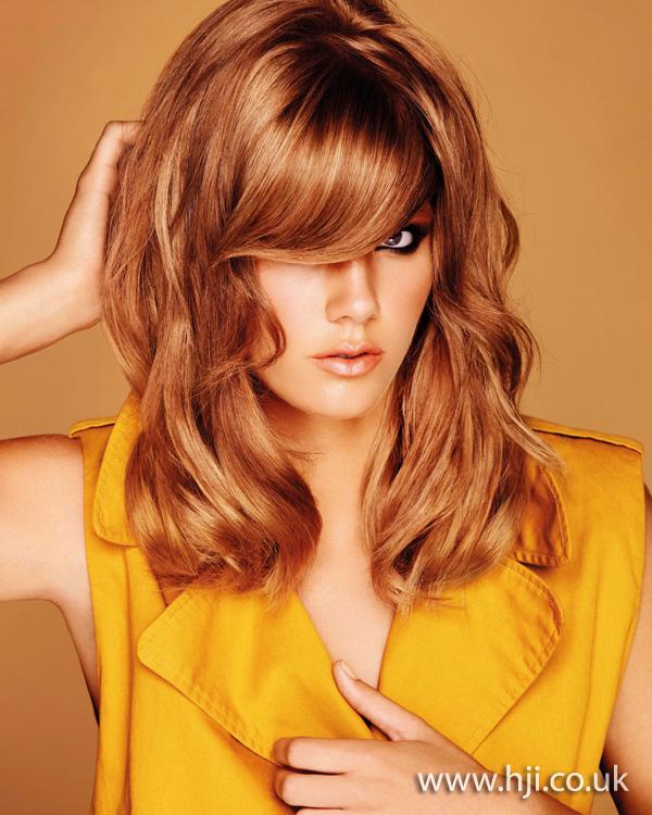 2012 womens hairstyle textured brunette