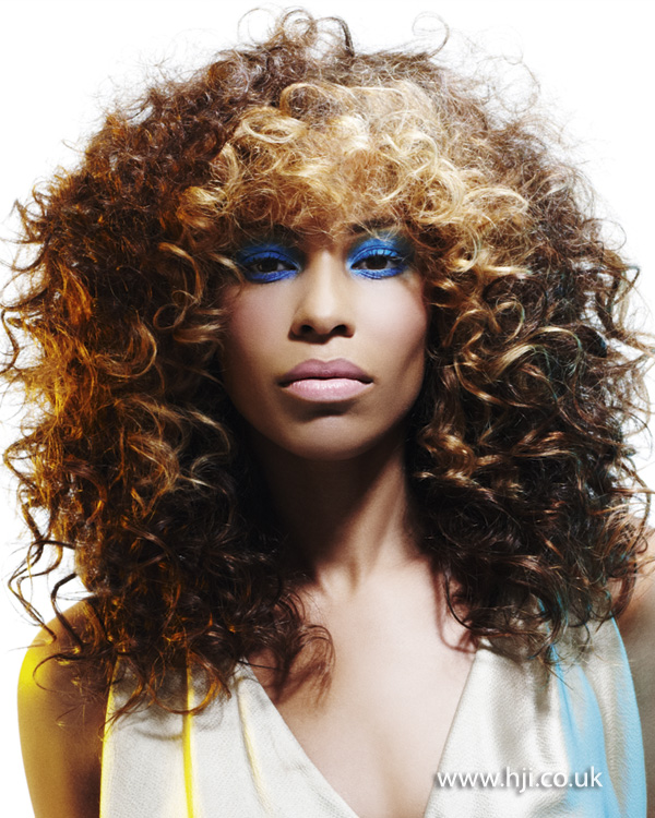 2013 afro blonde hair