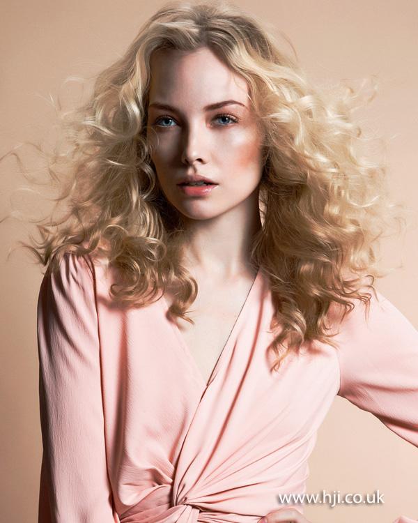 2013 blonde curls hair1