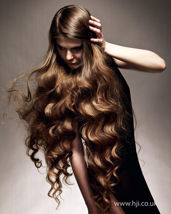 2013 extra long hair hairstyle
