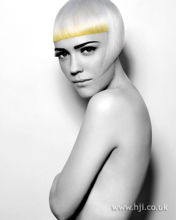 Sleek platinum blonde bob