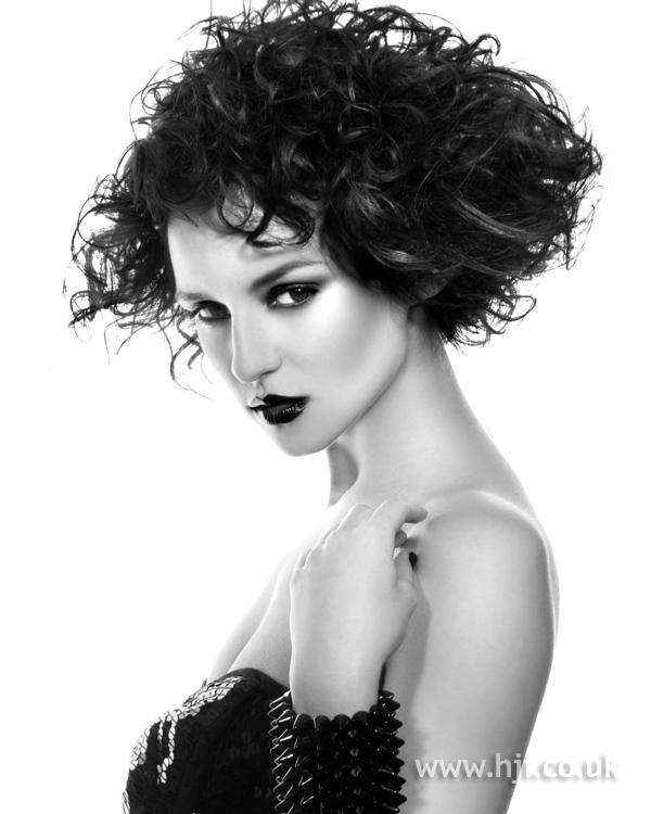 Sarah Summer BHA NE8 hairstyle