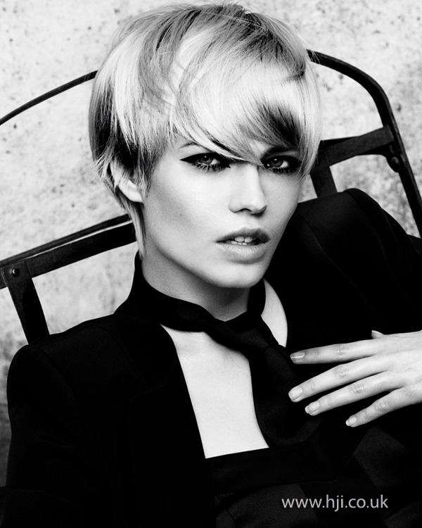 2013 blonde short straight hair