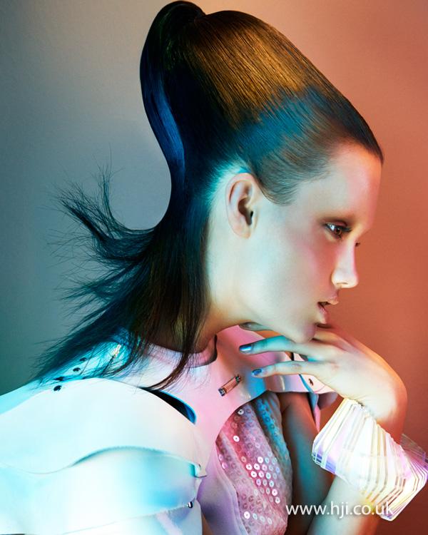 2014 avant garde futuristic ponytail