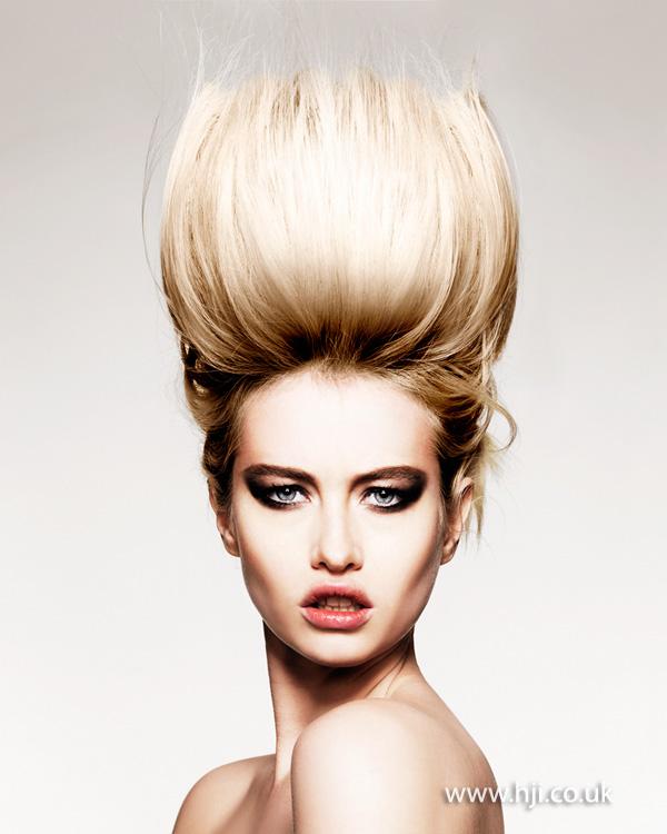 2014 extreme blonde quiff