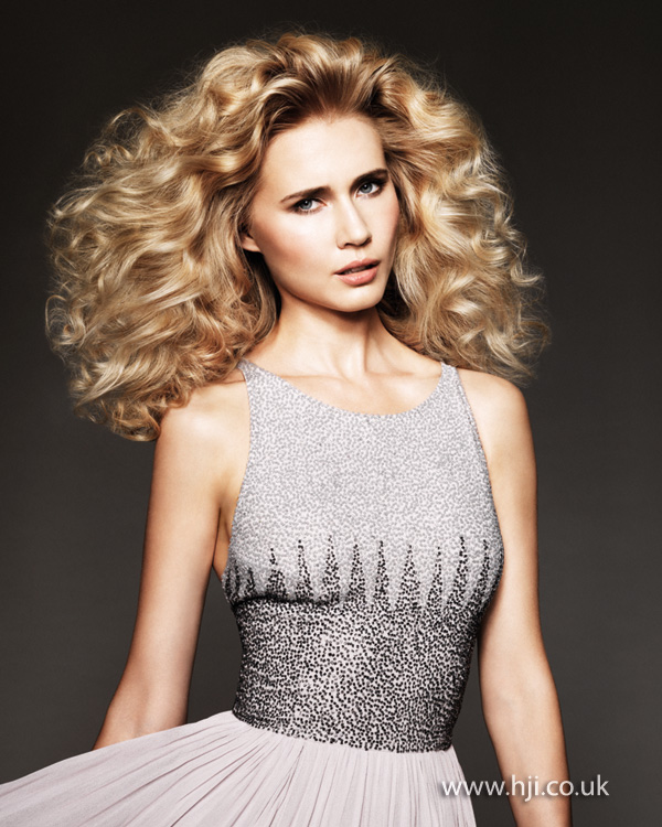 2014 glam blonde waves