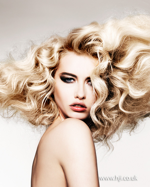 2014 textured mega volume blonde curls