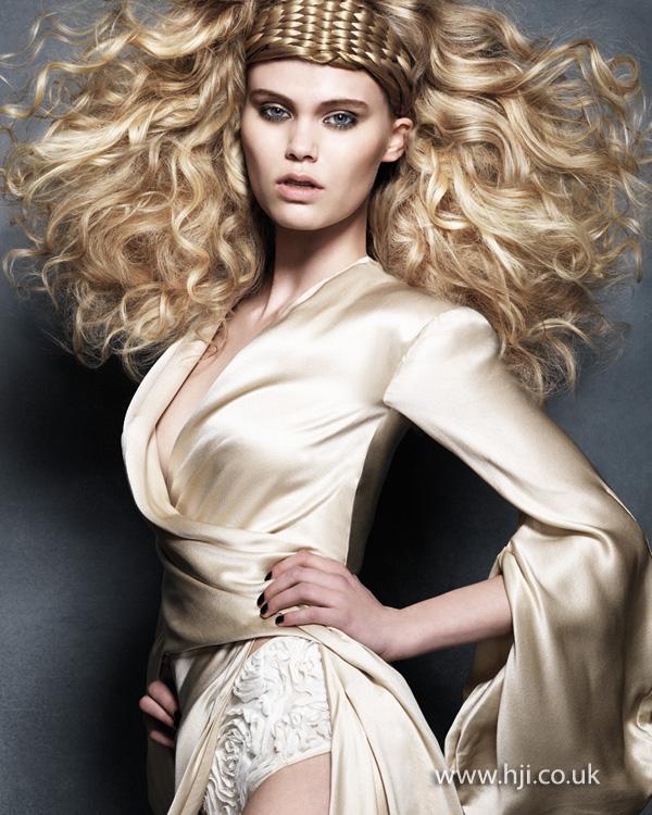 2013 blonde curls woven detail