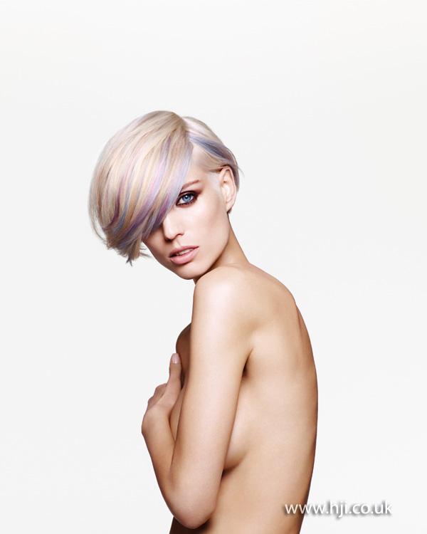 2013 platinum bob coloured streaks