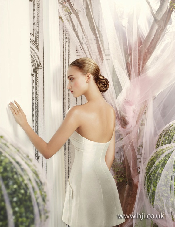 2014 bridal blonde smooth chignon