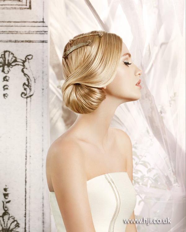 2014 bridal low side chignon blonde