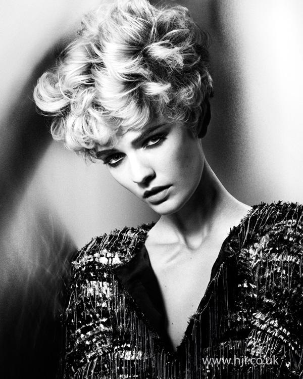 2014 short curls blonde texture