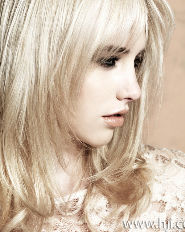 2013 blonde layered mid length