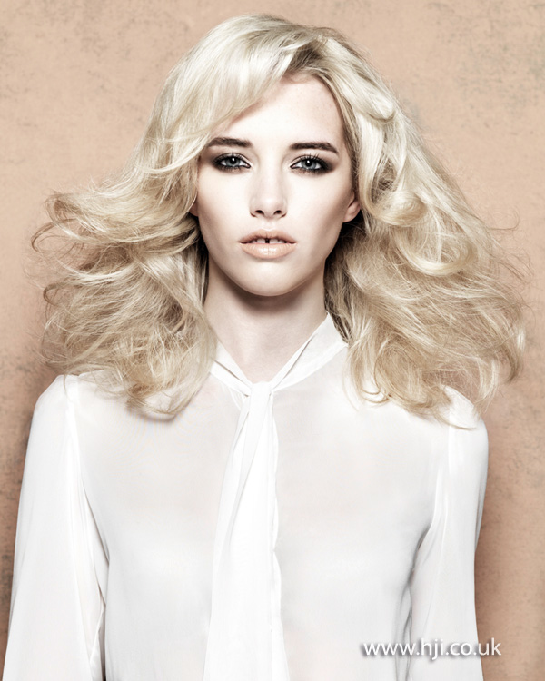 2013 blonde textured volume