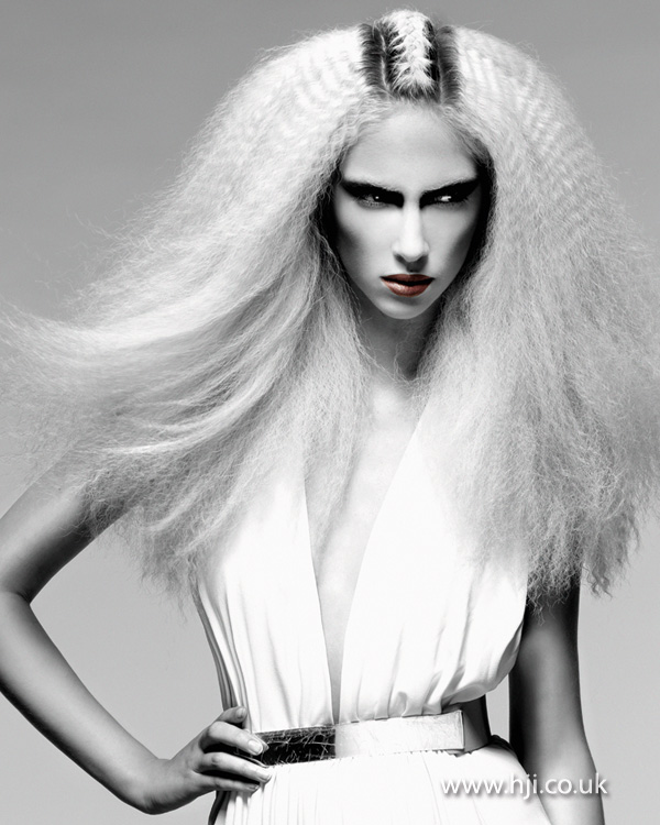 2013 long blonde crimped