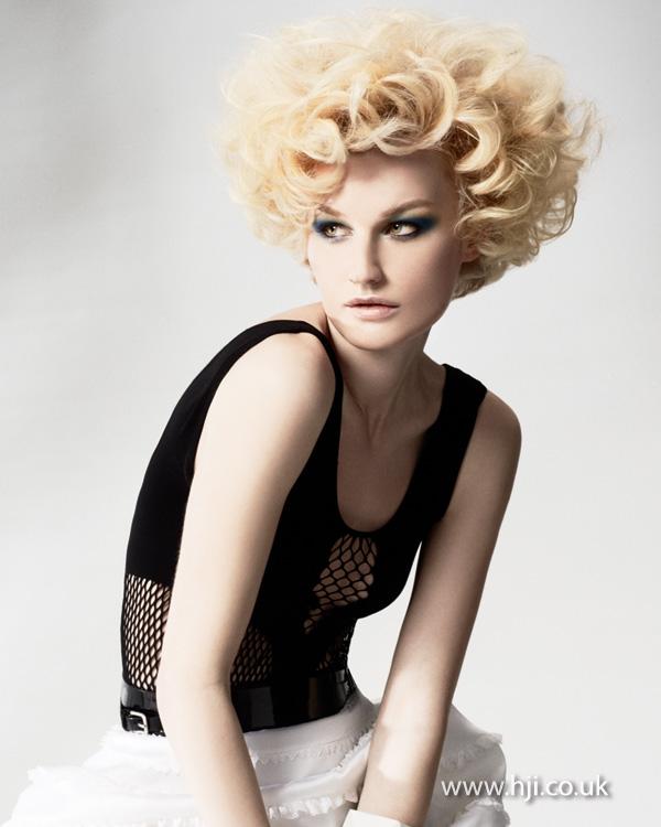 2013 volume blonde curls