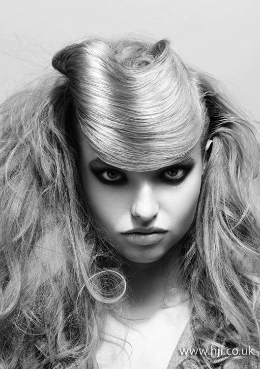 2013 blonde textured looped fringe