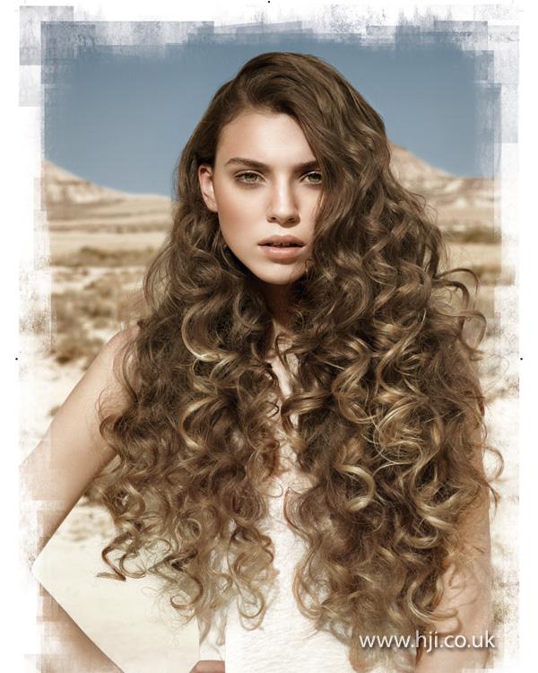 2013 side part curls long