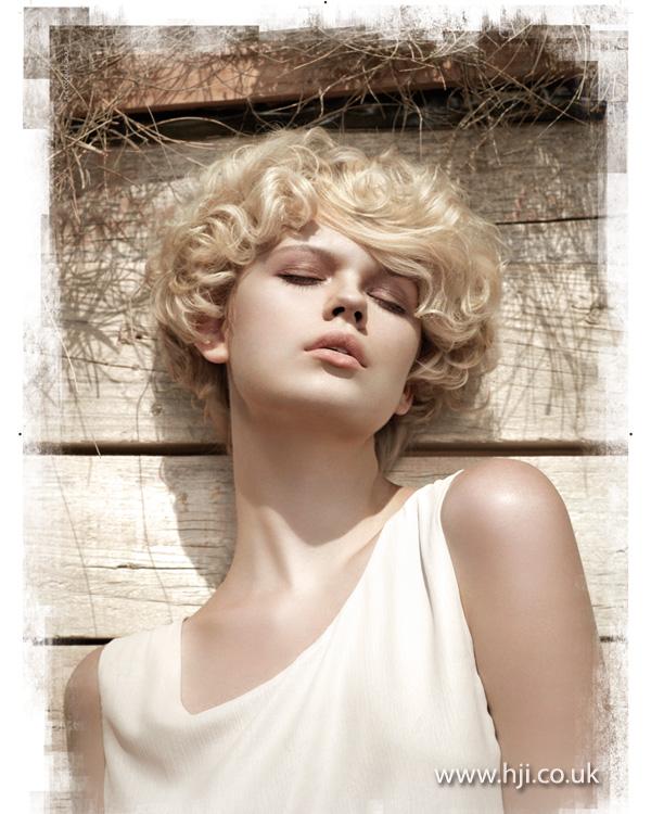 2013 soft blonde curls short