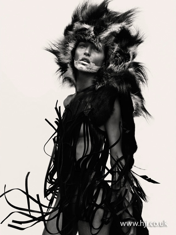 2015 fluffy monochrome avant garde