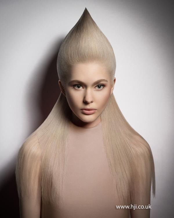 2015 avant garde pointy blonde hairstyle