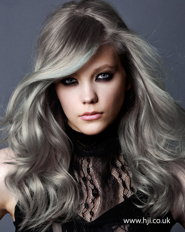 2015 grey hair trend women's style