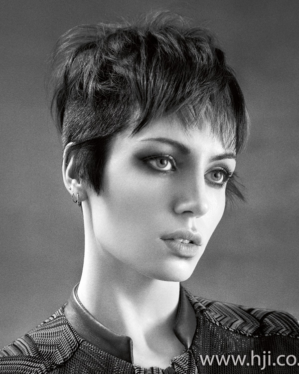 2015 layered brunette pixie crop with fringe