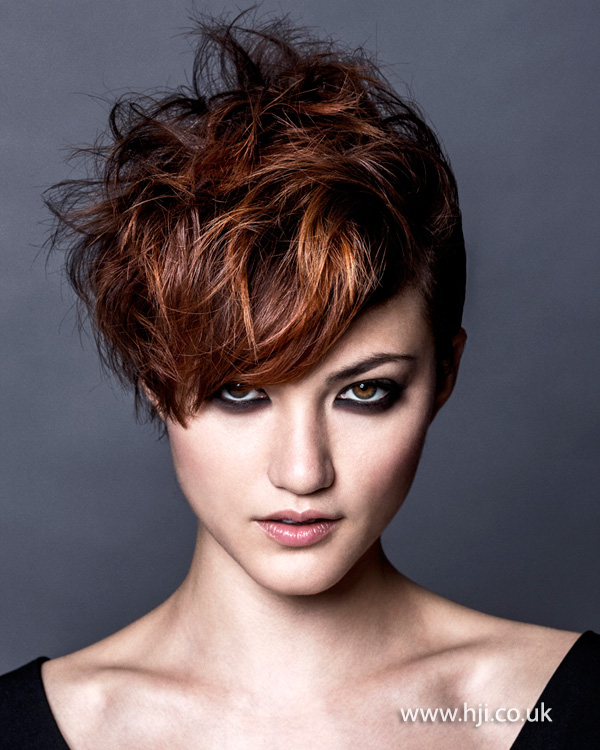 2015 layered short hairstyle with red fringe