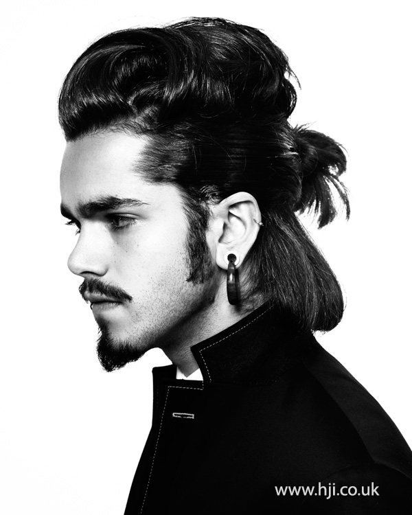 2015 mens long hairstyle with manbun and quiff