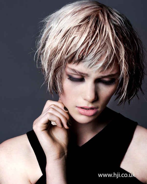 2015 women's wetlook bob hairstyle