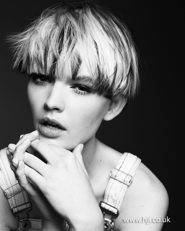 Blonde pageboy style by Rachelle Simmonds