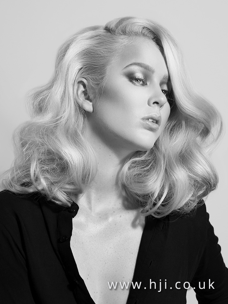 2015 long blonde glam waves