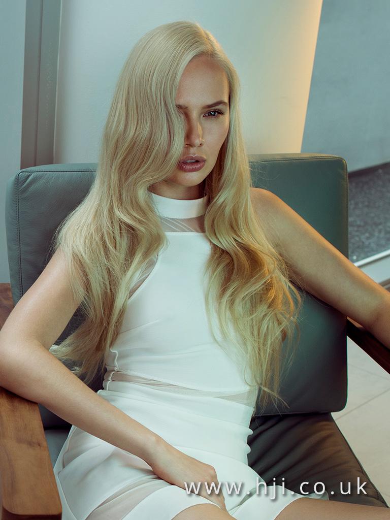 2015 long blonde smooth waves