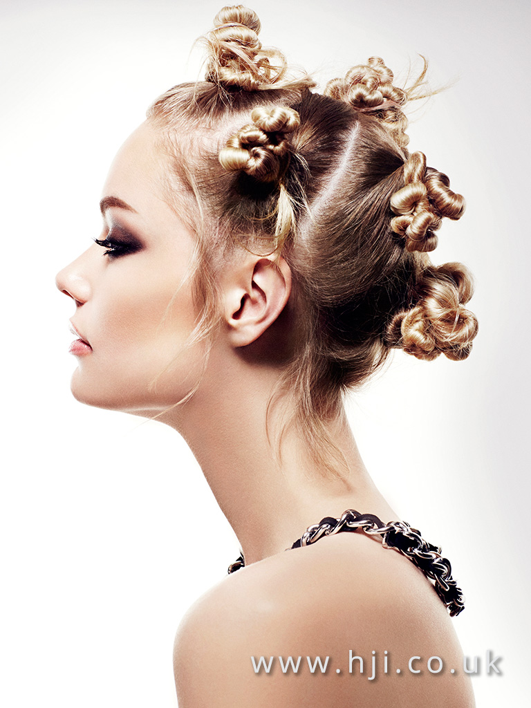 2016 Blonde Banto knot hairup