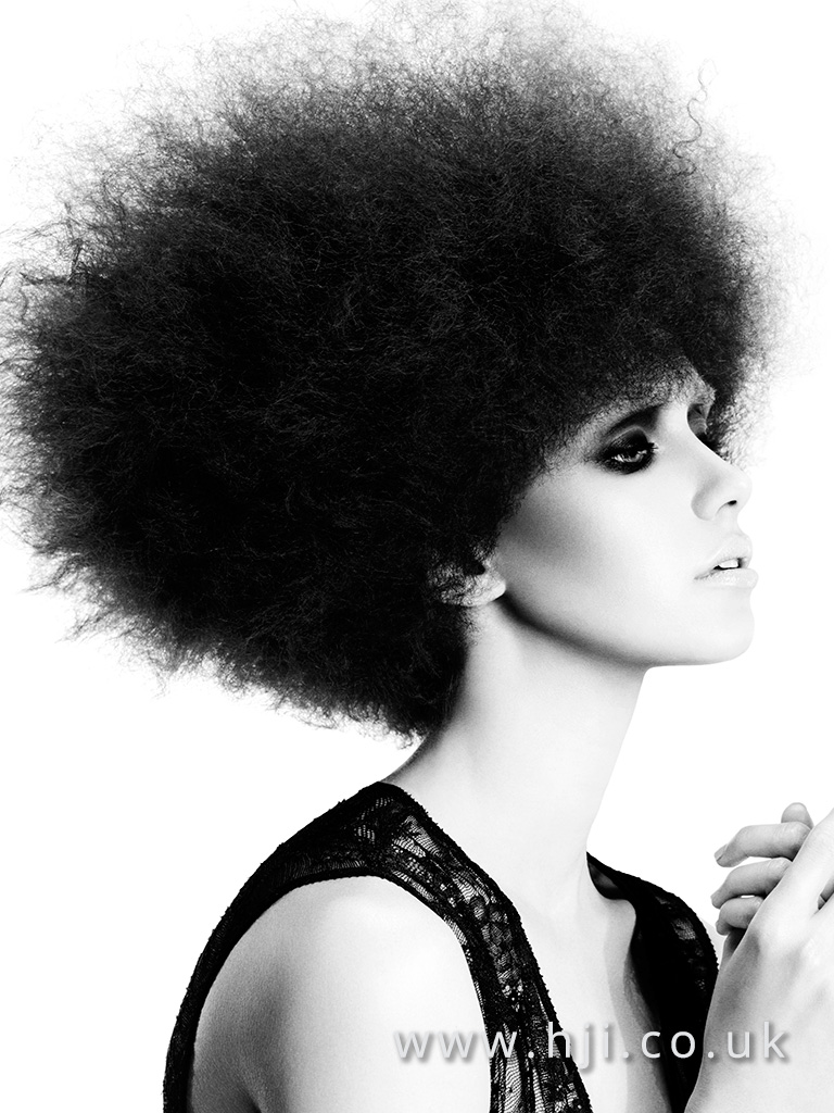 2016 Short black frizzy style with afro texture