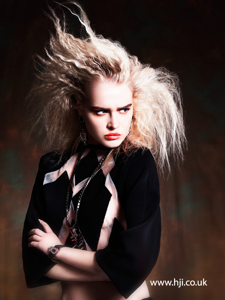 2016 crimped backcombed voluminous blonde hairstyle