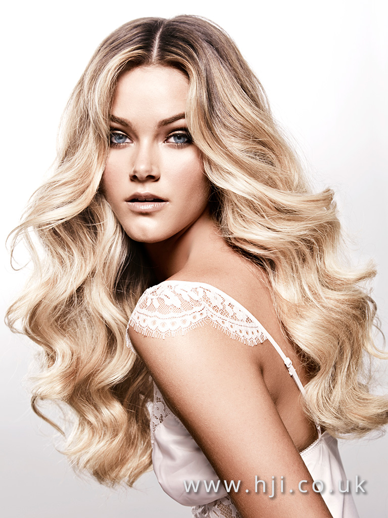 2016 Long voluminous glam waves creamy beige blonde with centre parting