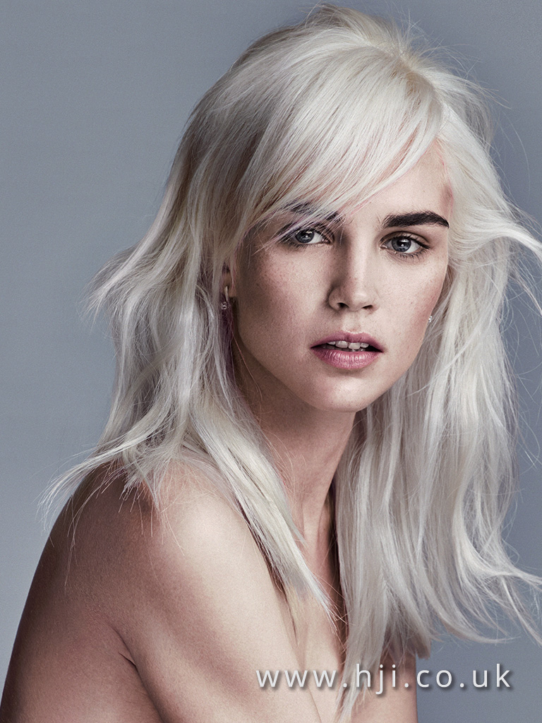 2016 messy platinum blonde hairstyle with soft fringe