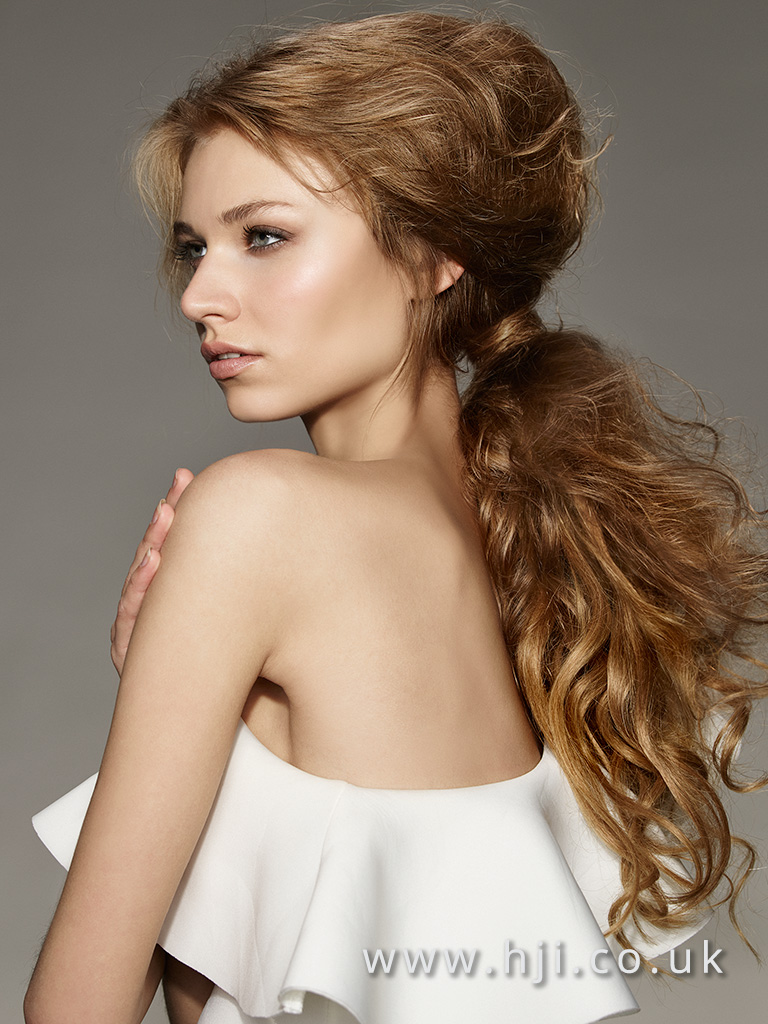 2016 Voluminous ponytail with wavy crimped texture volume at the crown and airy finish