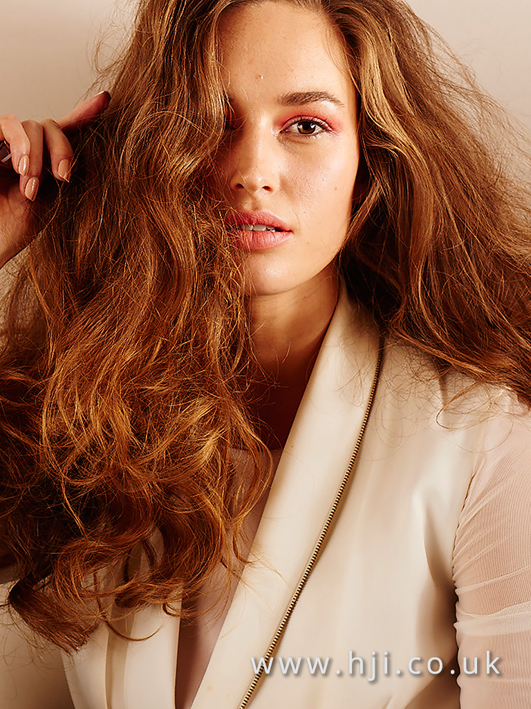 2016 Warm brown long voluminous waves with balayage slices matte airy texture