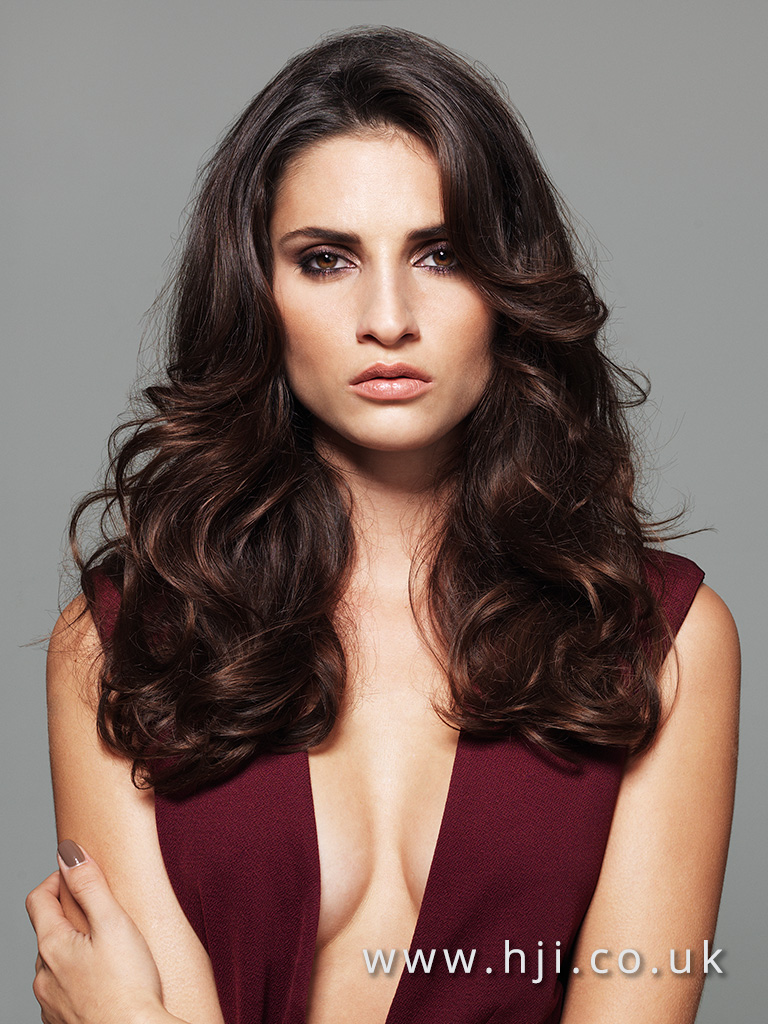 2016 Deep brunette hairstyle with heavy waves