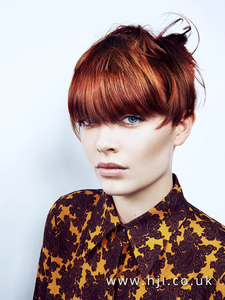 2016 choppy crop hairstyle with heavy fringe and glossy autumn colours