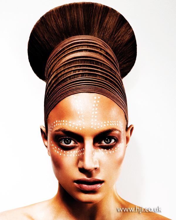 2013 avant garde hair up1