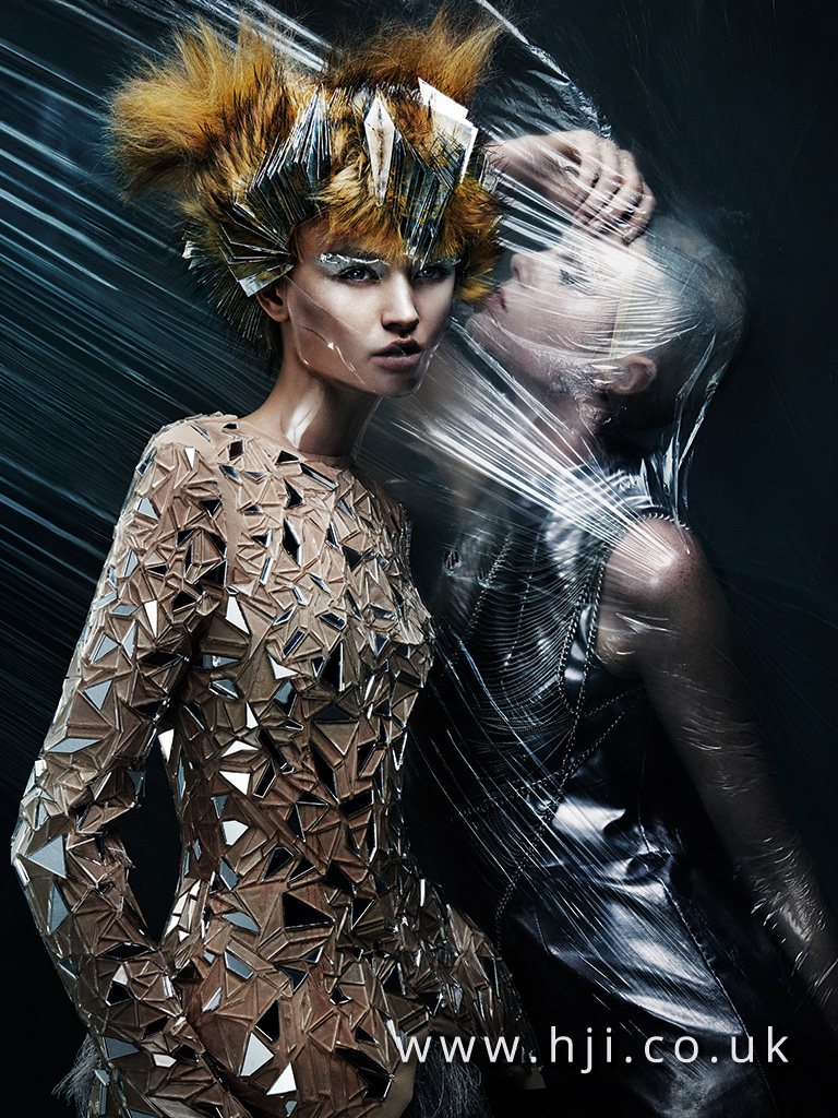 2016 Short avant garde style with black tips and foil sliced detail 1