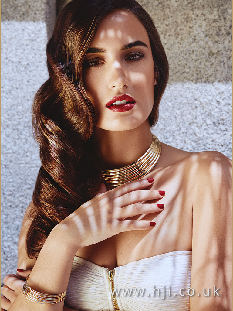 Andrew Barton Long Bronde Sleek Glamour Waves