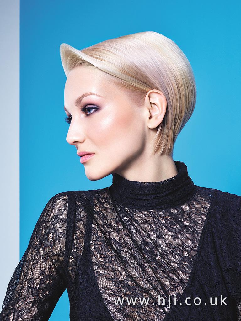 2016 Essential Looks Very Sleek Bleach Blonde Bob with Pastel Pnk Panels