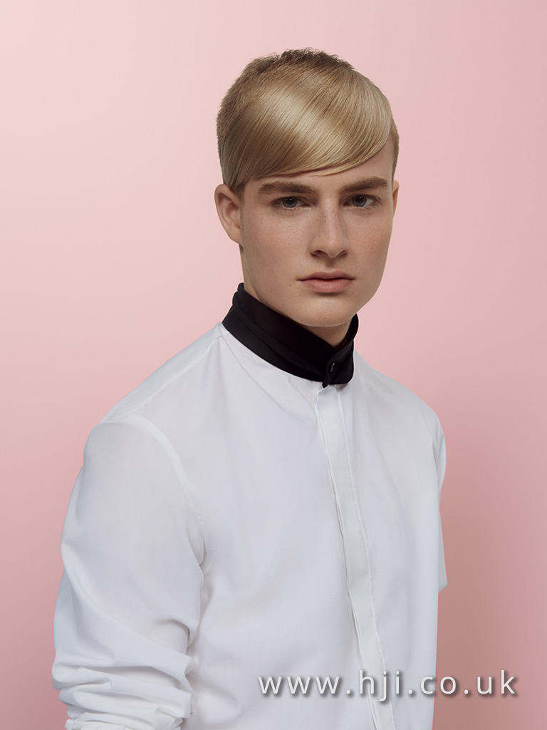 Mens short style with side sweeping fringe