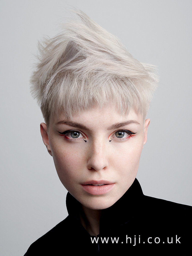 2017 short textured crop hairstyle with platinum colour
